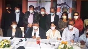 Médicos convocan a un paro de 24 horas para este viernes, piden diálogo con el Gobierno