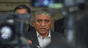 Alcalde Arias señala que por ética unos 150 funcionarios jerárquicos deberían dejar sus cargos