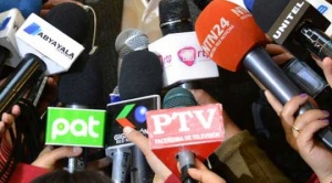 Periodistas recuerdan su día en medio de la pandemia y del riesgo a ser despedidos y censurados