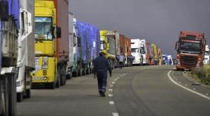 Transporte pesado no asistirá a la reunión convocada por el Gobierno y anuncia tomar más medidas contra el tren Arica-La Paz 1