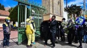 Promedio de entierros diarios en el Cementerio General de La Paz sube de 12 a 20 desde abril