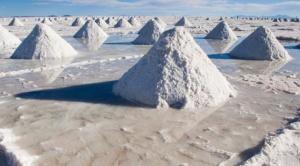 EEUU busca explotar el Salar de Uyuni y llama al litio recurso clave para la transición energética