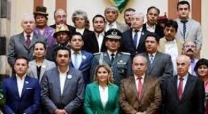 Gases lacrimógenos: citarán a los 17 exministros de Áñez; Gobierno dice que no pedirá detenciones