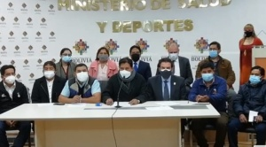 Alcaldías acuerdan con el Gobierno mecanismos para la importación de vacunas anticovid