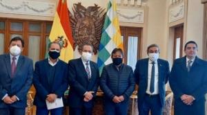 Choquehuanca apoya cambios al sistema regulatorio para generar nuevas inversiones
