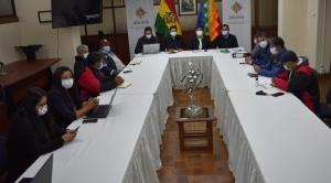 Gobierno instala diálogo por tiempo y materia con trabajadores de Aasana