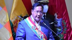 """Arce homenajea a La Paz entre denuncias de """"golpe de Estado"""" y repudio al gobierno de Añez"""