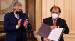 """Gobernador de Jujuy acusa a Basteiro del """"armar"""" el caso de apoyo argentino con municiones"""