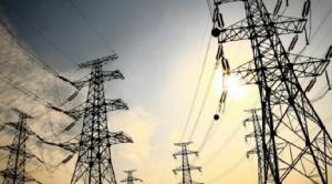 Solón: Bolivia presenta casi un 50% de excedente de electricidad sin mercados asegurados