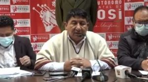 """Gobernador de Potosí califica de """"show mediático"""" pedido de resarcimiento por quema de domos"""
