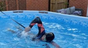La increíble historia del adolescente que pasó de entrenar en piscina de lona a ganar oro olímpico
