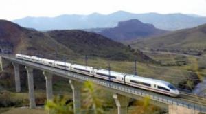 Presidente peruano pide retomar el tren bioceánico y Arce lo respalda