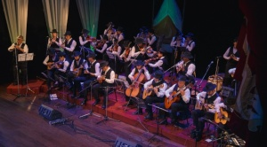 Orquesta criolla de Música de Maestros en concierto