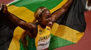 Tokio: Elaine Thompson-Herah hace historia y gana oro en la carrera de 100 m para Jamaica