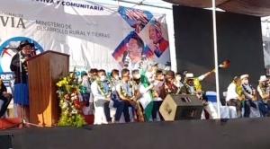 Bartolinas advierten a Fernando Camacho con reversión de tierras y procesos