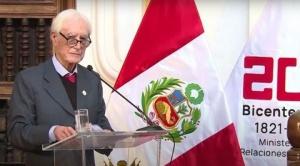 Héctor Béjar: la renuncia del canciller de Perú tras sus polémicos comentarios sobre Sendero Luminoso