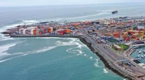Importadores bolivianos optan por Iquique para evitar tarifas costosas de la ASP-B en Arica