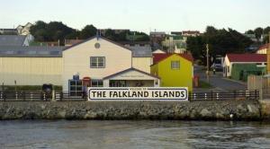 La polémica en Argentina por la construcción de un nuevo puerto británico en las islas Malvinas/Falklands
