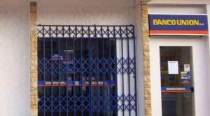 Envían a la cárcel a 5 implicados en retiro ilegal de dinero de una cuenta del Banco Unión