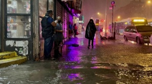 """Tormenta Ida: """"brutales inundaciones"""" dejan numerosos muertos y daños en Nueva York, Nueva Jersey y Pensilvania"""