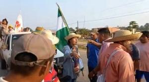 Video: La marcha indígena recorrió 130 kilómetros pero afronta el asedio del MAS