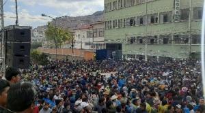 Comité de Autodefensa determina nuevas elecciones en Adepcoca y renuncia de Del Castillo
