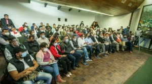 """Cumbre por la democracia pide el cese de la """"persecución política"""" por el supuesto """"golpe de Estado"""""""