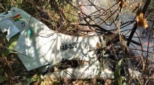 Accidente de una avioneta de la FAB deja seis fallecidos