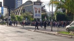 Policía y el MAS comienzan a levantar los puntos de bloqueo en las ciudades del eje