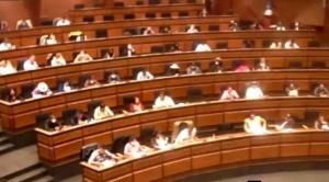 El MAS evita debate y aprueba decreto que anula indulto a oficialistas