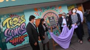 Entregan tres murales en el Multifuncional como símbolo del reencuentro y hermandad 1