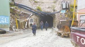 Debido al incremento de robo de minerales, gobierno desplazará 500 efectivos policiales a Huanuni