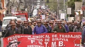 Se anula laudo arbitral que favorecía a mineros de San Cristóbal y se teme agravamiento del conflicto