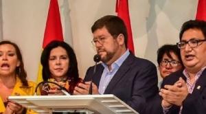 Unidad Nacional debate apoyo a candidatura de oposición
