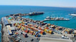 Entre 500 y 800 camiones bolivianos varados por discrepancias entre ASP-B y EPA-TPA