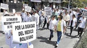 Médicos instalan piquetes de huelga en varios departamentos del país y anuncian que se masificará la extrema medida luego de un conflicto que ya lleva 38 días