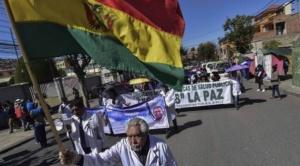 Ministra de Salud señala que demandas de Colegio Médico de Bolivia no dan beneficio a los pacientes