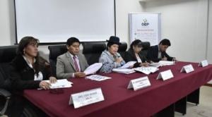 """Cuestionan """"nueva irregularidad"""" del Tribunal Supremo Electoral al fijar plazo hasta el 11 de octubre para acreditación de delegados de mesa para voto en el exterior"""