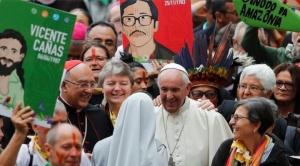 Papa cuestionó la discriminación en Argentina: Los que vienen de la barbarie hoy son los bolitas, los paraguas, los cabecitas negras