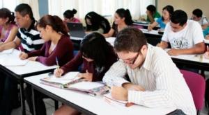 Estudiar derecho en las universidades privadas cuesta entre 3.000 y 20.000 dólares