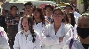 """Médicos y Gobierno """"dispuestos"""" para reanudar diálogo esta semana 1"""