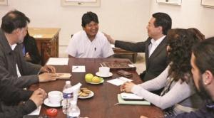 """Evo Morales recibirá """"coperacha"""" de casi $us 10 mil al mes de diputados y senadores mexicanos"""