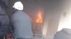 Militantes del MAS incendiaron la casa de la alcaldesa de El Alto, Soledad Chapetón 1
