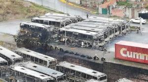 Imputados dos dirigentes de choferes por destrucción de buses Pumakatari 1