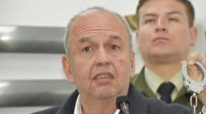 """Gobierno pide a Interpol activar """"sello rojo"""" para la detención de Evo Morales"""