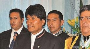 """Imputan a excomandante de la FAB, Tito Gandarillas, por """"compra irregular"""" de 6 helicópteros chinos H425"""