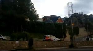 Dos ambulancias salieron de las cercanías de la residencia de Romero, se habla de que tuvo una emergencia médica