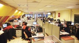 Trabajadores de La Razón exigen pagos de sueldos atrasados y la renuncia de la directora