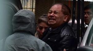 Exministro Romero es trasladado a la Fiscalía para prestar declaraciones