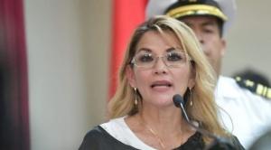 Presidenta Añez anuncia que para salud se asignó 10% del Presupuesto General 2020